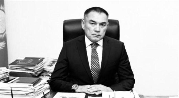 Әліпбек Өсербаев